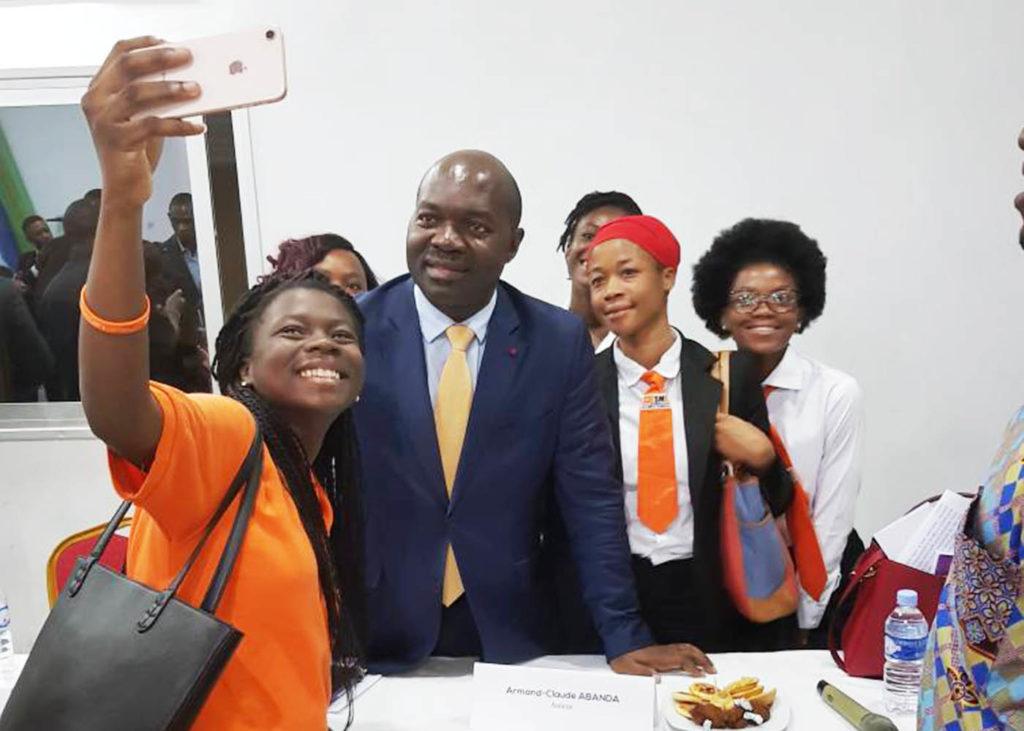 """Dédicace du livre """"Fils de Prélat"""" en Côte d'Ivoire"""